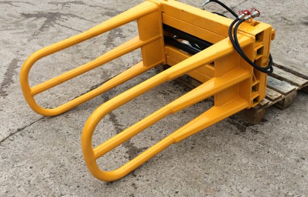 SQUARE BALE HANDLERS