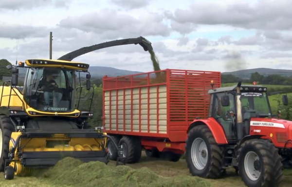 NEW JB ENGINEERING SILAGE TRAILERS