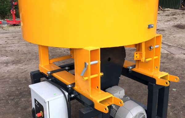 ELECTRICALLY DRIVEN 3 PHASE CONCRETE PAN MIXER