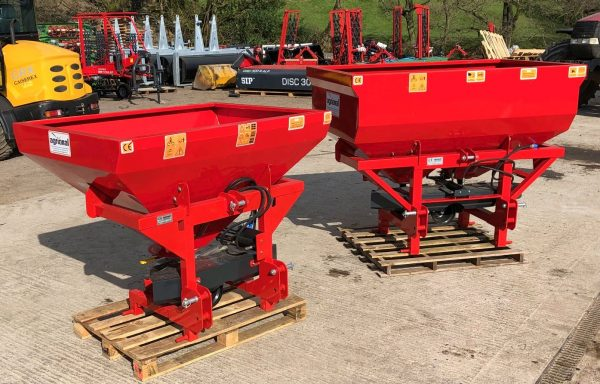 AGRIONAL FERTILISER SPREADER / SPINNER