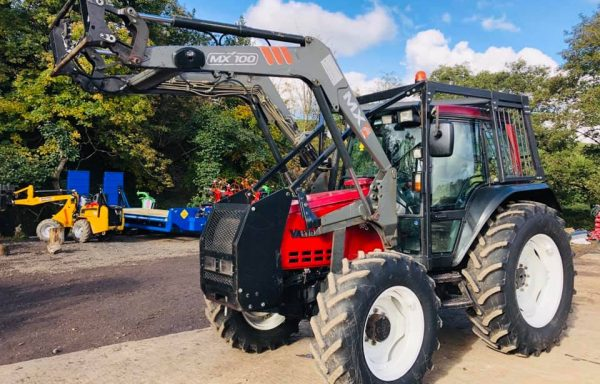 VALTRA 6550 & MX LOADER ( FULL FORESTRY SPEC )